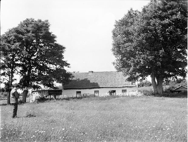 Settlement: the dwelling-house