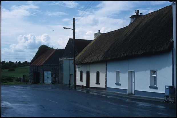 Settlement: roofs / thatching