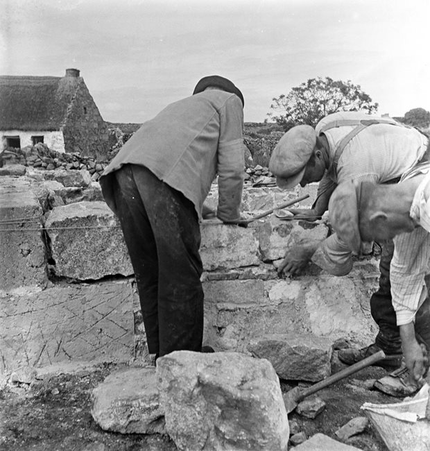 Livelihood and Housekeeping: stonemason