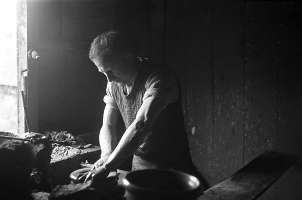 Livelihood and Housekeeping: potter / pottery
