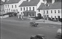 Cumarsáid agus Tráchtáil: cairteacha