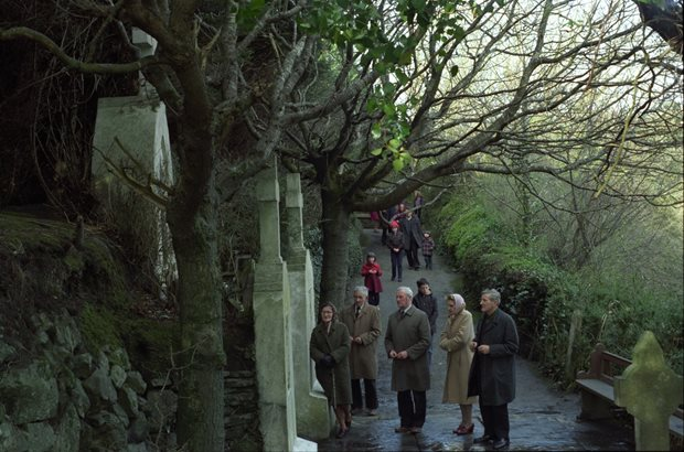 Nature: holy wells (Munster)