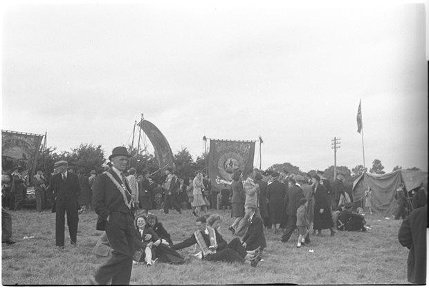 Am agus Féilte: féilte áitiúla / an Dara Lá Déag de mhí Iúil