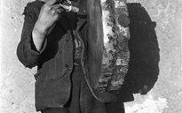 Cluichí agus Caitheamh Aimsire: gléasanna ceoil