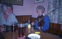 Cluichí agus Caitheamh Aimsire: ceoltóirí